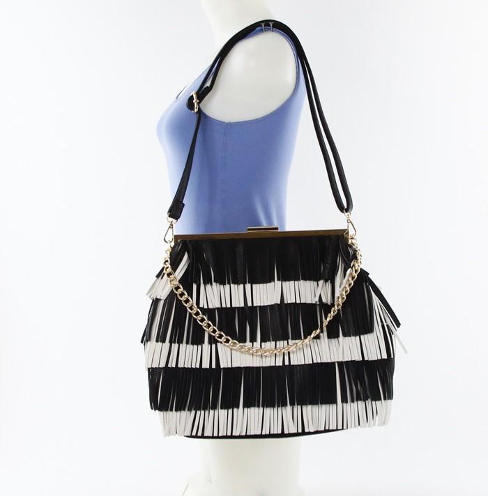 Color Block Fringe Chain Strap Bag Black4