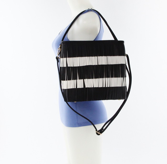 Color Block Fringe Handbag Black4