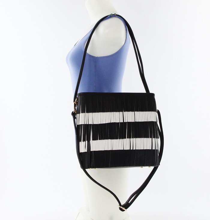 Color Block Fringe Handbag Black5