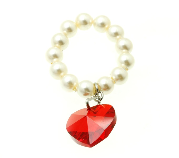 daphne-heart-glass-stone-stretch-ring-red2