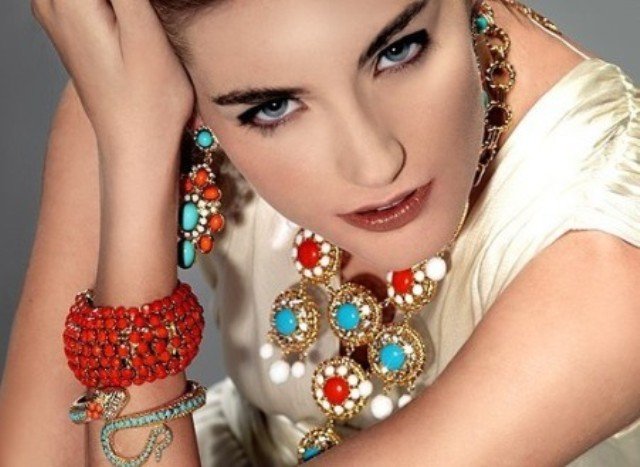 Beautiful costume jewelry like this can be preserved for years with protect it the right way.